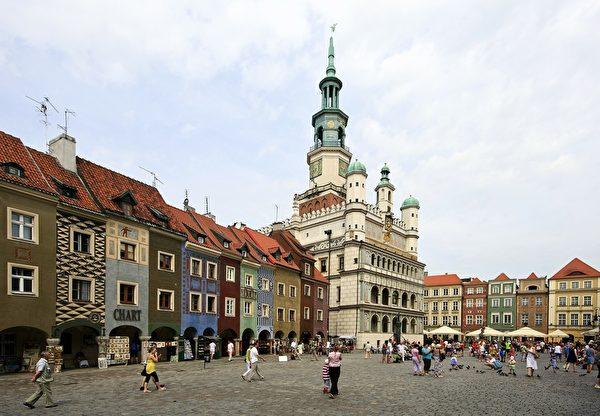 德国黑森林Marktplatz商店街(pixabay)