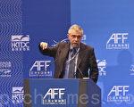 """1月20日,诺贝尔经济学奖得主保罗‧克鲁明(Paul Krugman)在香港出席亚洲金融论坛时亦坦言:""""中国让我害怕(China scares me)"""",又认为中国目前的经济结构转型,难以避免出现一次严重经济衰退。(余钢/大纪元)"""