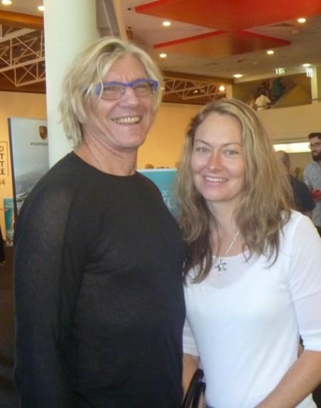 外科医生Steve Rackemann与太太Carla Brandon 2月1日下午在黄金海岸观看了神韵演出。(史迪/大纪元)