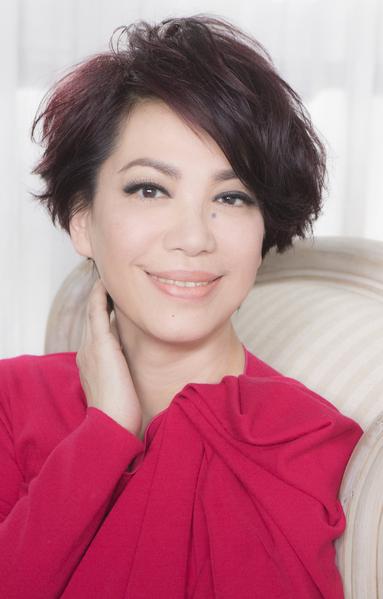 蔡琴献唱《团圆》,睽违七年后再拍MV。(索尼音乐提供)