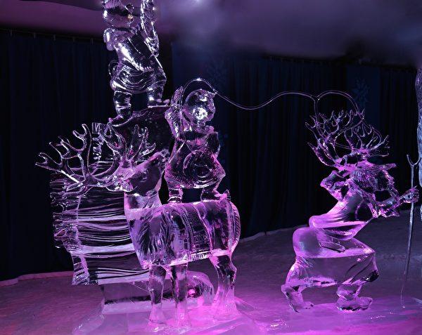 """来自俄罗斯的艺术家Egor Stepanov 和 Alexey Andreev of Russia 创作的""""北部牛仔"""" (Northern Cowboys)获得小组类一等奖。(任乔生/大纪元)"""