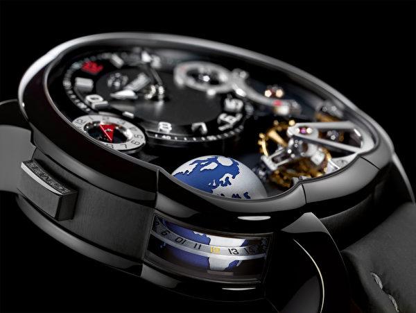 高珀富斯唯一限量版世界时(对应24个城市名)的GMT腕表。(Greubel Forsey提供)