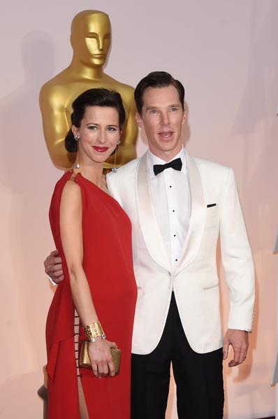影帝入圍者本尼迪克特‧康伯巴奇(《模仿遊戲》)和新婚妻子蘇菲‧亨特。(Jason Merritt/Getty Images)