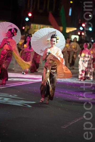游行队伍除了各华人团体,还有来自泰国、韩国、越南等亚裔民众以及澳洲其它与华人同庆黄历新年。(Henry Lin/大纪元)