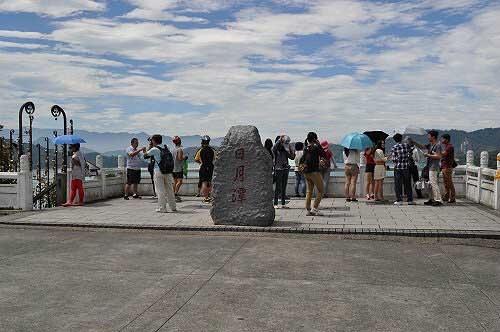 文武廟山門前的觀湖平台。 (圖片提供:tony)