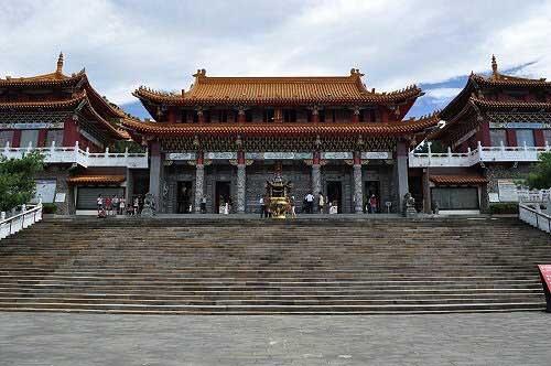 文武廟,中國宮殿式廟宇建築。 (圖片提供:tony)