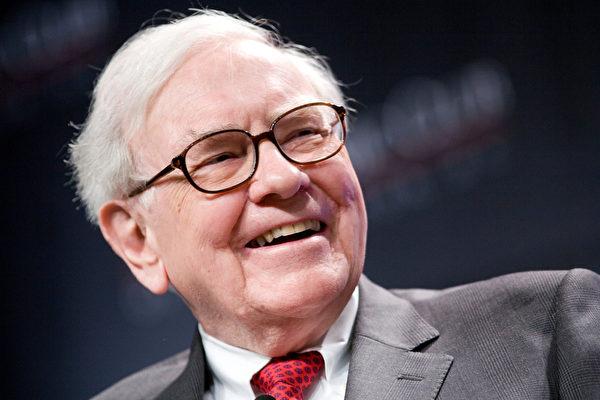 睿智選擇長期持有投資標地股票、正派的投資家華倫.愛德華.巴菲特(Warren Edward Buffett),也是創下史上最大筆捐贈的慈善家(大紀元)