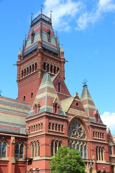 哈佛大学仍持续稳坐全美医学院排名第一名的宝座。(Fotolia)