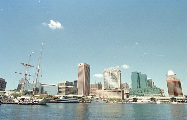 巴尔的摩(Baltimore)是美国马里兰州最大城市、美国大西洋沿岸重要海港城市,离美国首都华盛顿仅有60多公里。(Stephen Munday/Getty Images)