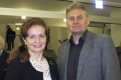 Dariusz Wyroślak 先生和Alicja Wyroślak太太3月7日来到罗兹大剧院观看神韵演出(麦蕾/大纪元)