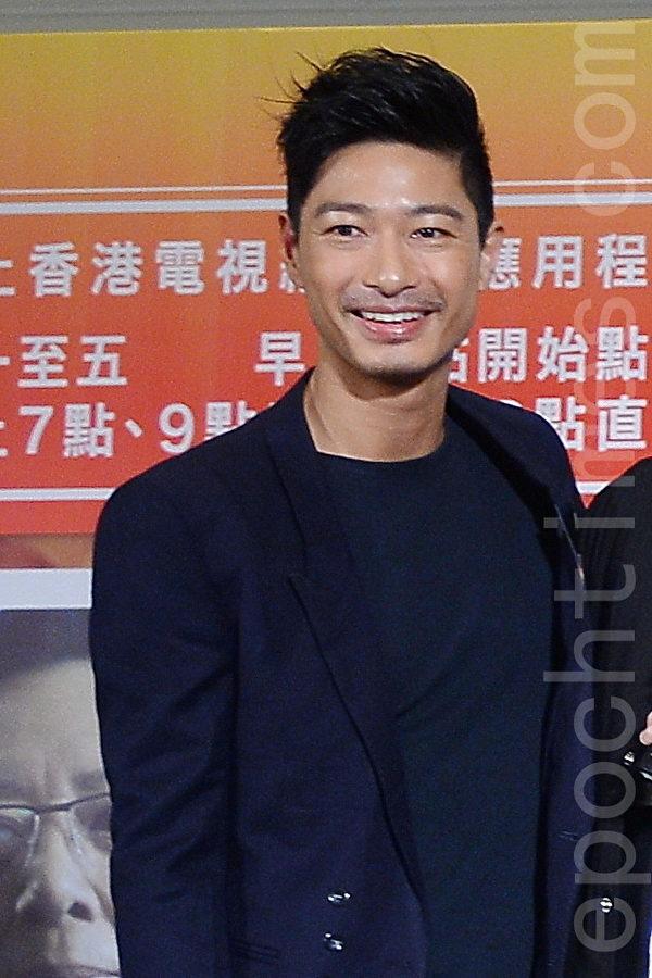 饰演记者乐嘉辉的王宗尧表示,新闻对于一个地方的人民,永远是最重要及最息息相关的事。(宋祥龙/大纪元)
