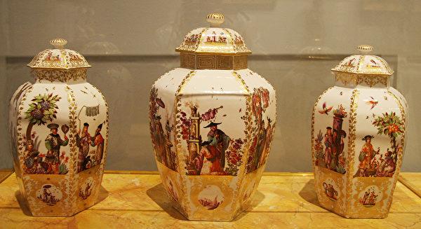 康熙年间陶艺得到法国人的喜爱和模仿。(Juliet Zhu/大纪元)