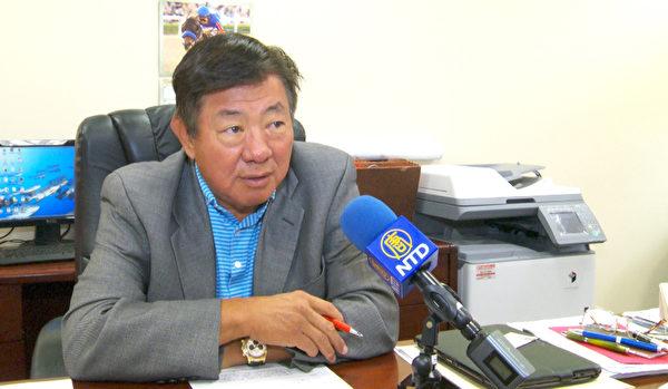 亚凯迪亚市长鄂志超提醒华人,要提高警觉心,加强自我保护意识。(杨阳/大纪元)