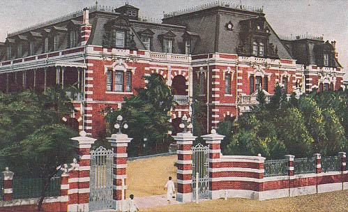 日治时代的台湾铁道饭店(今台北车站新光三越百货站前店)(图片提供:tony)
