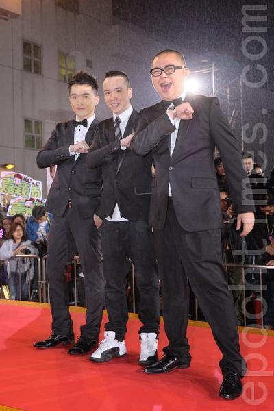林盛斌(右1)開娛樂公司,準備舉行宣傳推廣工作。圖為資料照。(宋祥龍/大紀元)