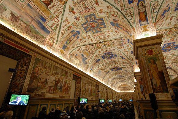 米开朗基罗在西斯廷礼拜堂留下的壁画巨制。(Eric Vandeville/Vatican Pool/Getty Images)