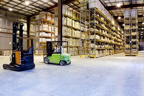 电子商务带动仓储地产需求。(fotolia)