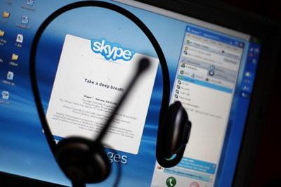 当Facebook Messenger的即时视讯功能在iPhone和Android智能手机上成熟之后,脸书和Skype的关系就趋于紧张,最后终走向分手之途。 (Mario Tama/Getty Images)
