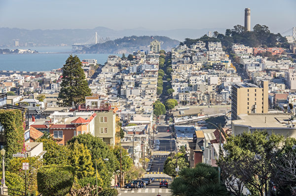 旧金山(San Francisco)因每4人就有近1人年收入超过15万美元,成为全美国最有钱的城市。 (Fotolia)