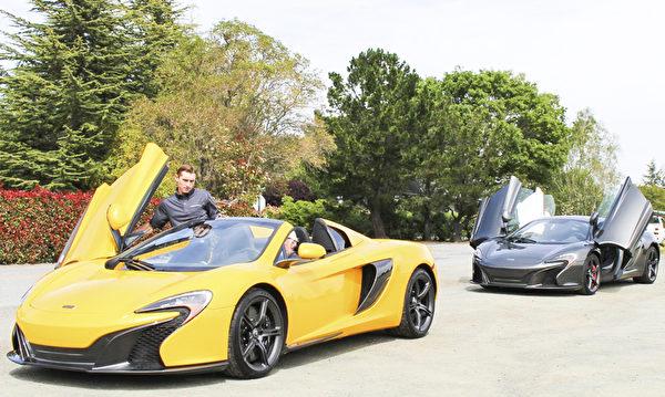 陪驾员陪同到Palo Alto郊外一起试驾。(王文旭/大纪元)