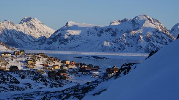 格陵兰库鲁萨克岛冬天(Algkalv/维基百科)