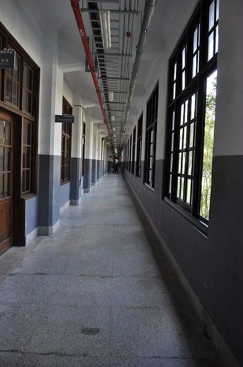 製菸工廠內部廊道。  (圖片提供:tony)