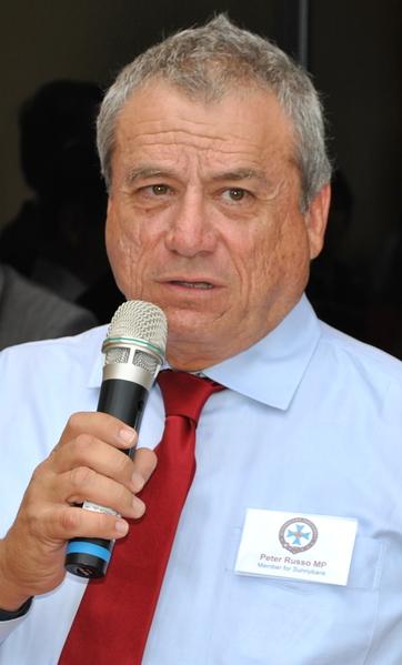 昆省议员鲁苏(Peter Russo)(明慧网)