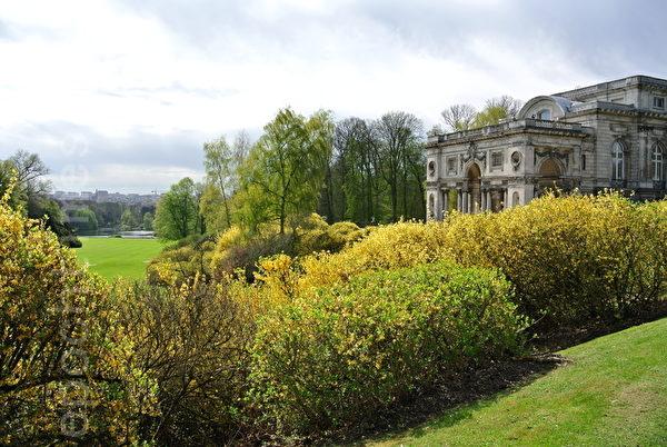 比利时皇家花园外景(萧依然/大纪元)