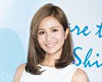艺人吴怡霈4月21日在台北出席医美活动,她透露自己勤打医美微整保养美肌。(陈柏州/大纪元)