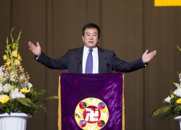 2013年5月19日,法轮功创始人李洪志先生亲临纽约法会会场。(戴兵/大纪元)