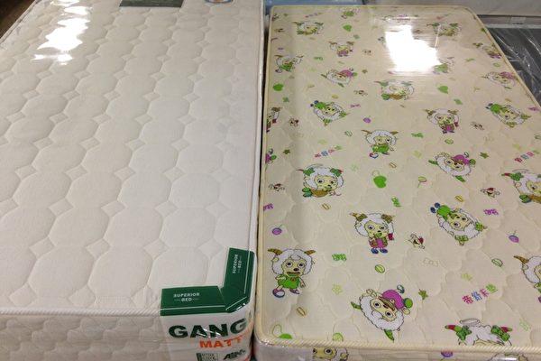 快检查!你家床垫那层塑料膜撕掉了吗