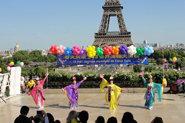 中国古典舞表演。(李婉清/大纪元)