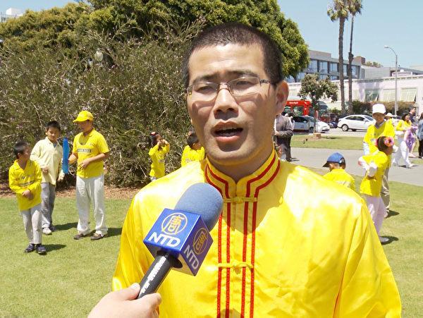 來自中國大陸的法輪功學員張進。(鄭浩/大紀元)