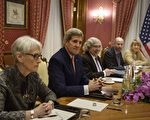 """关于伊朗问题的新一轮""""6+1""""谈判周三(5月27日)在奥地利维也纳启动。美国务院负责政治事务的国务次卿谢尔曼出席。图:谢尔曼(左一)3月28日作为美国代表出席伊朗核谈判。      (BRENDAN SMIALOWSKI/AFP/Getty Images)"""