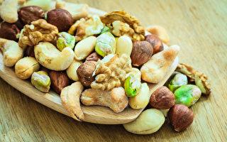 坚果降低胆固醇效果可媲美药物。(Fotolia)