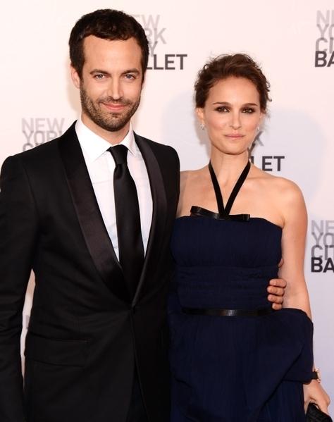 女星娜塔莉•波特曼(Natalie Portman)和班傑明•米派德(Benjamin Millepied)於2009年因拍《黑天鵝》而相遇,2012年兩人低調結婚。(圖/Getty Images)