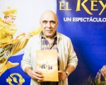 Osvaldo Sabino先生於6月7日下午觀看了神韻舞劇團的《西遊記》舞劇。(Elina Rillafane/大紀元)