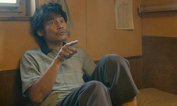 演员夏靖庭在《海上情谜》中出神入化的演出,让奥斯卡导演赞不绝口。(得艺国际媒体提供)