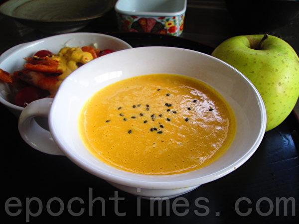 南瓜豆浆浓汤(家和/大纪元)