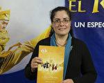 Lidia Santomé教授於6月10日晚在阿根廷首都布宜諾斯艾利斯的Opera劇院觀看了神韻舞劇團的《西遊記》演出。(新唐人)