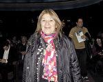 María del Valle女士於6月11日晚在阿根廷首都布宜諾斯艾利斯的Opera劇院觀看了神韻舞劇團的《西遊記》演出。(林南/大紀元)