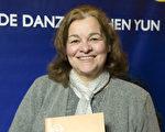 Analiza Lopez de Alvarado女士於6月12日晚再次在阿根廷首都布宜諾斯艾利斯的Opera劇院觀看了神韻舞劇團的《西遊記》演出。(新唐人)