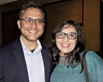 阿根廷記者Fabiana Scherer女士和Julián Girón先生於6月12日晚在阿根廷首都布宜諾斯艾利斯的Opera劇院觀看了神韻舞劇團的《西遊記》演出。(林南/大紀元)