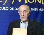 記者Ernesto Mariano先生於6月12日晚再次在阿根廷首都布宜諾斯艾利斯的Opera劇院觀看了神韻舞劇團的《西遊記》演出。(新唐人)