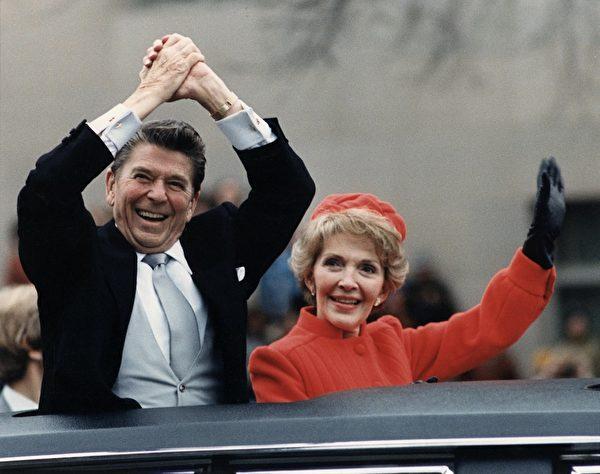 里根當總統時,出門會帶著自己的手槍。(維基百科公有領域)