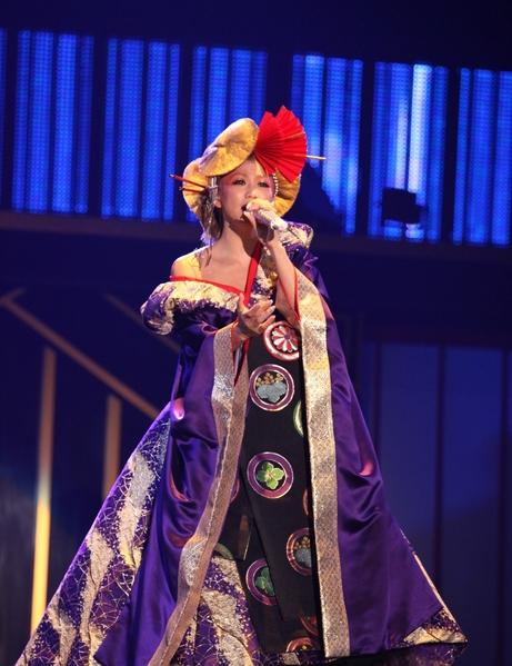 倖田來未舞台服裝。(avex taiwan提供)