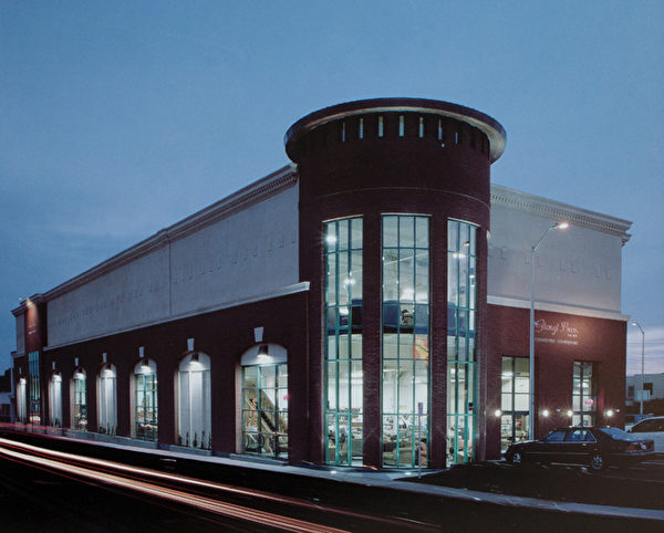 旧金山老牌家具店Giorgi Bros.,有5万平方呎的展厅。(Giorgi Bros.提供)