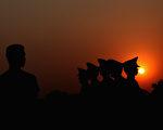 """6月11日周永康被判后,标志着江派在中央已经完全失守,江泽民、曾庆红也都已经是身不由己的""""笼中之物""""。下一阶段的习江斗将会是什么呢?(图片来源:Feng Li/Getty Images)"""
