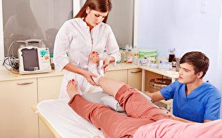 職業專家說,對於正在研究未來職業的年輕人,醫療護理行業是個好選擇。 (Fotolia)