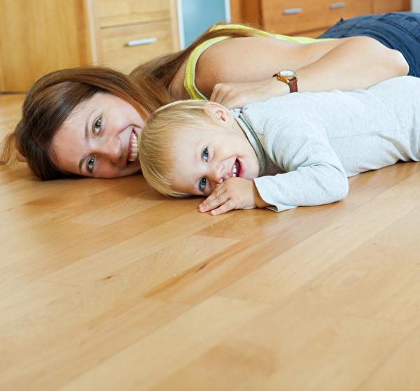 木地板給家庭溫馨的感覺。(fotolia)